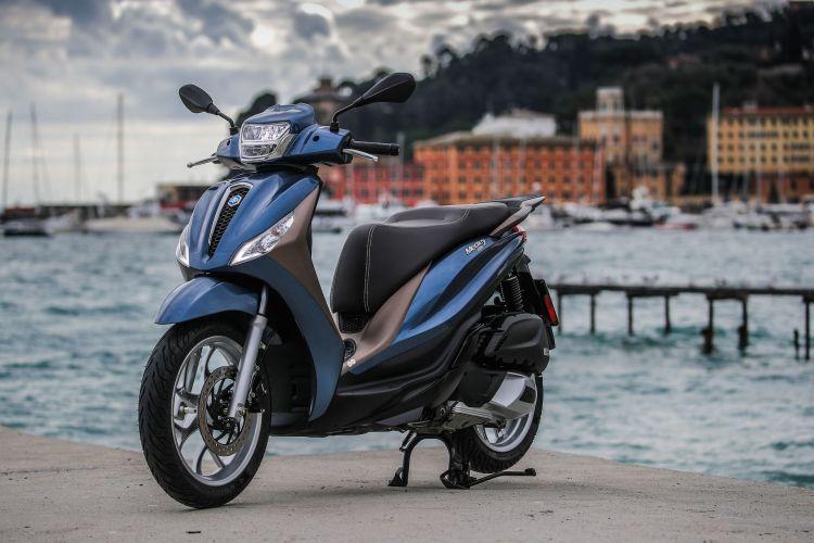 Moto Scooter Piaggio Medley 125 5
