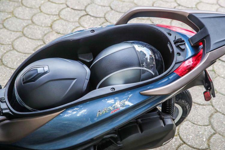 Moto Scooter Piaggio Medley 125 Detalles 31