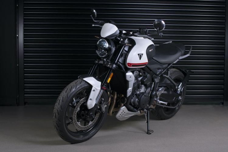 Moto Triumph Trident Accesorios