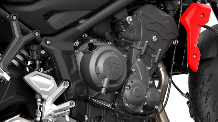 Moto Triumph Trident Detalle