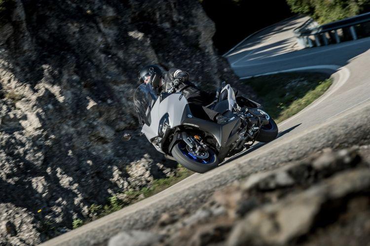 Moto Yamaha Tmax 560 2