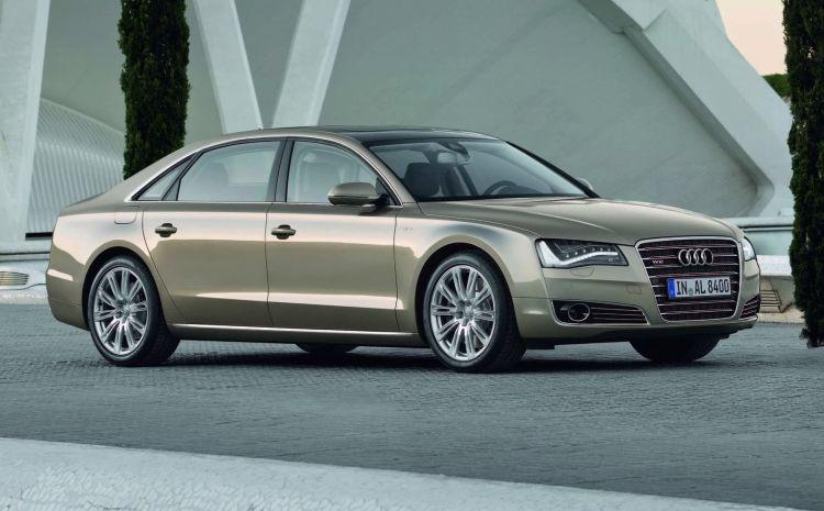 Motor W Audi A8 W12 1220 02