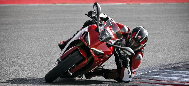 Multa Conducir Moto A Carnet A2 Ducati Supersport Portada