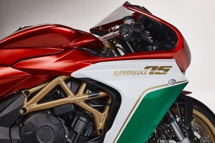 Mv Agusta Moto Superveloce 75 33