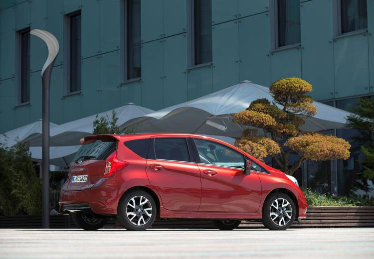 nissan-NOTE-107