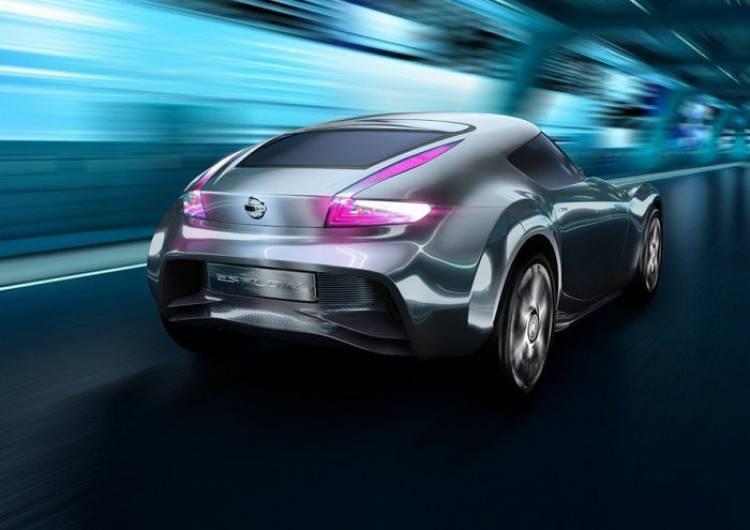 En Nissan podrían estar buscando un deportivo compacto por debajo del 370Z