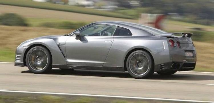 ¿Un futuro negro para el Nissan GTR y un nuevo 370Z en camino?