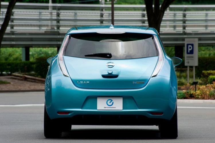 Nissan Leaf Primera Generacion Trasera 2