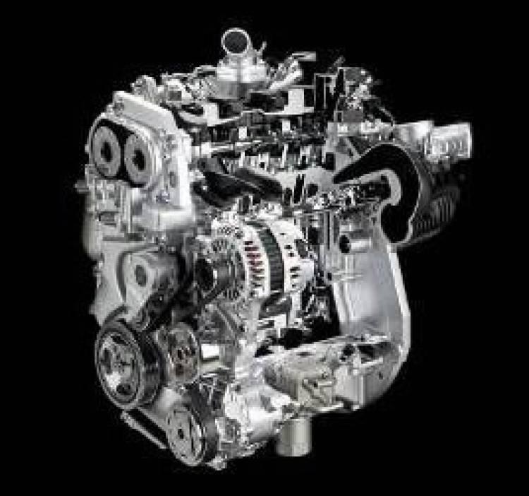 Nissan prepara un arsenal de peque os motores de gasolina for Downtown la motors nissan