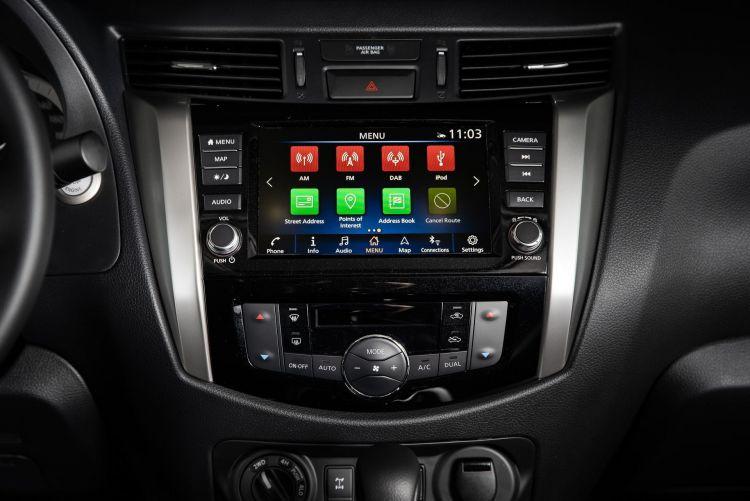 Nissan Navara Double Cab Interior