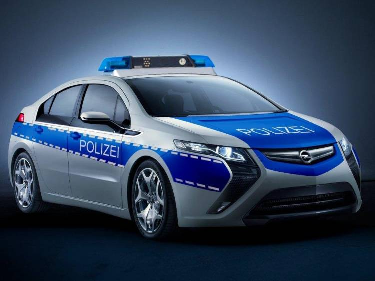 opel-ampera-policia-1