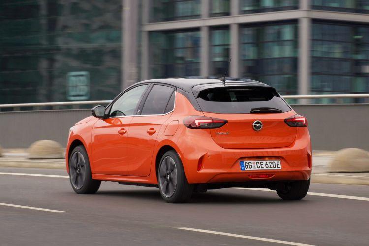 Opel Corsa E Oferta Moves 0421 Exterior 03