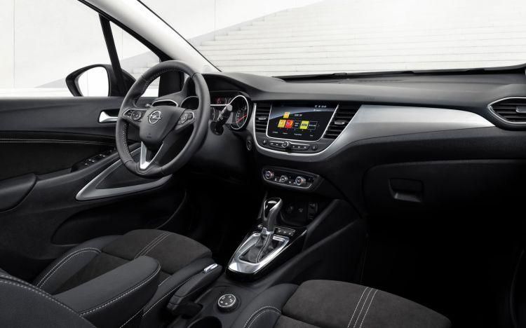 Opel Crossland 2021 08