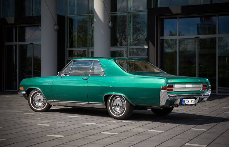 opel-diplomat-a-coupe-03-1440px