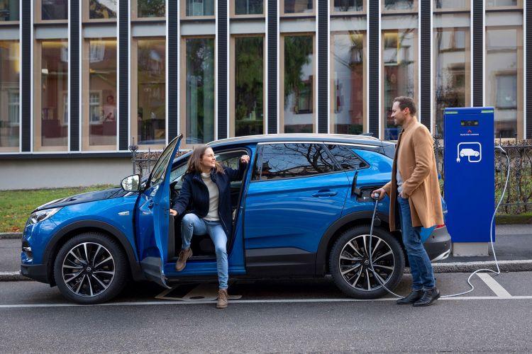 Opel Grandland X Hybrid4 2020 Azul 18