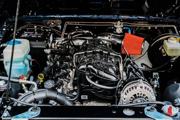 Osprey Custom Cars Land Rover 13