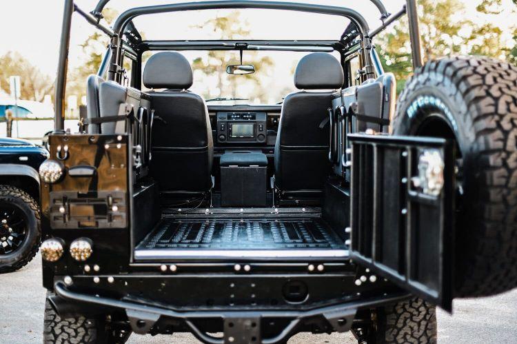 Osprey Custom Cars Land Rover 20