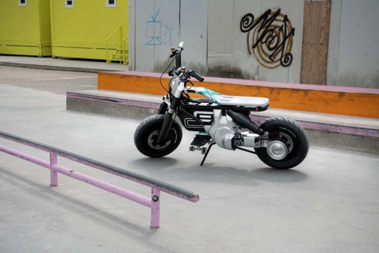 P90434022 Highres Bmw Motorrad Concept 1