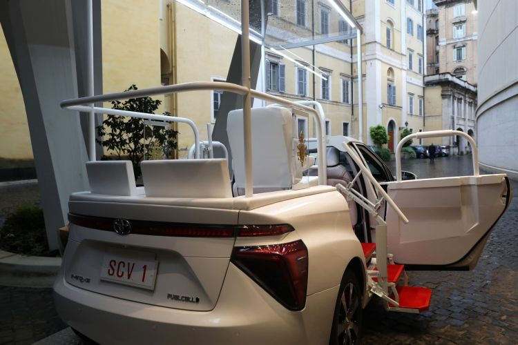 Papamovil Toyota Mirai Hidrogeno 11