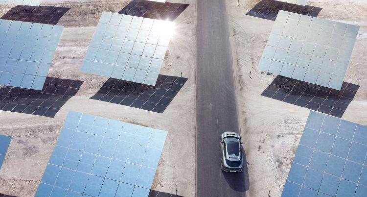 Peaje Coche Cambio Climatico Jaguar I Pace Paneles Solares
