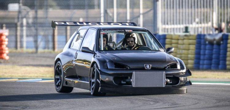 Peugeot 106 Evolution P