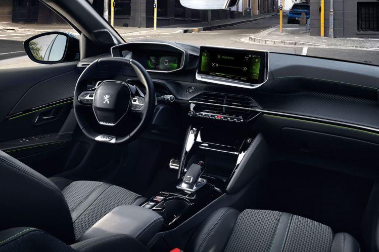 Peugeot 208 Renting Menos 200 Euros 04