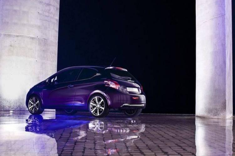 Peugeot 208 XY Concept, aires premium y una pintura muy especial