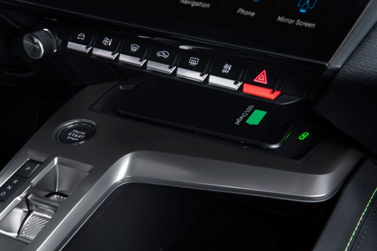 Peugeot 308 2021 Interior Cargador Movil Inalambrico
