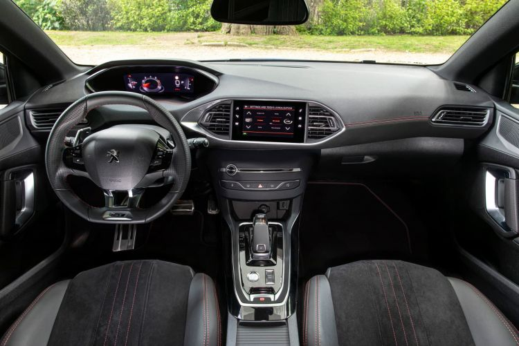 Peugeot 308 Interior Pantallas