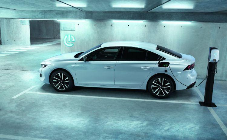 Peugeot 508 Hybrid Agosto 2020 04