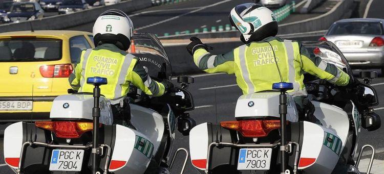 Pies Salpicadero Multa Guardia Civil Moto