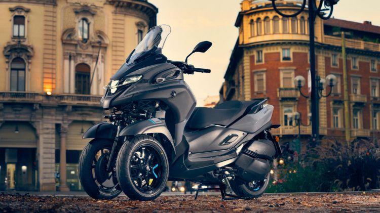 Plan Renove 2020 Ayudas Comprar Moto Yamaha Mw300 Eu Icon Grey Static 003 03