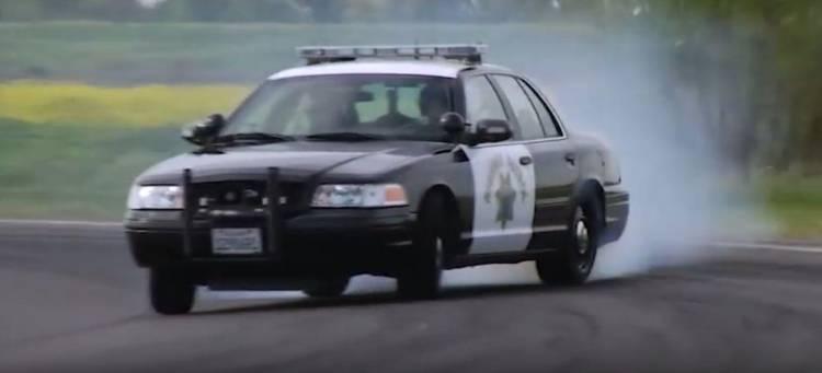 policia-california-video