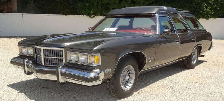 pontiac-wagon-coche-john-wayne-09-1440px