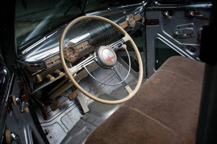 Pontiac Deluxe Six transparente