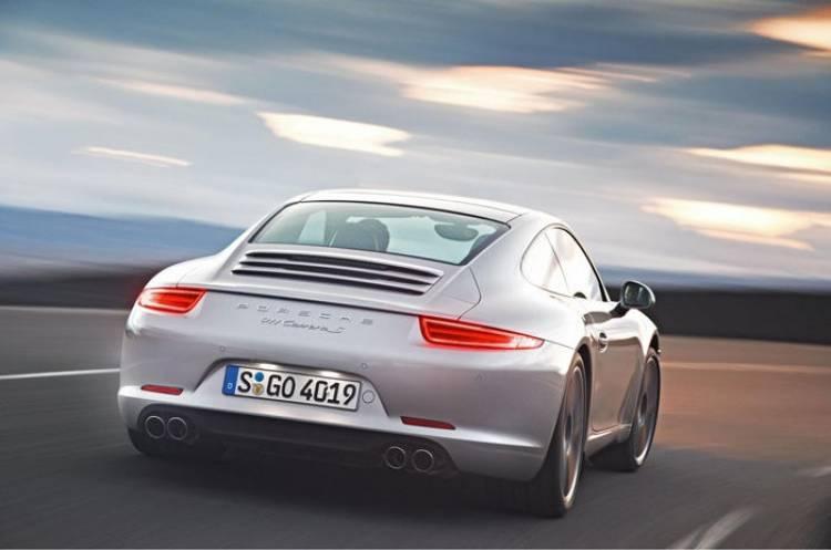 El Porsche 911 Carrera S marca un tiempo en Nürburgring de 7 minutos y 37 segundos