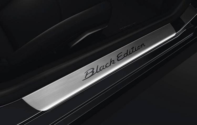 porsche-911-carrera-coupe-cabriolet-black-edition-1