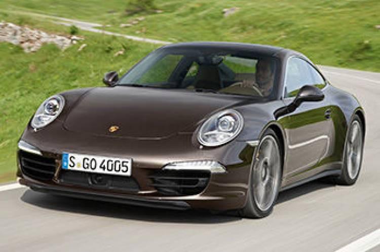 Porsche 911 Carrera 4 y Carrera 4S