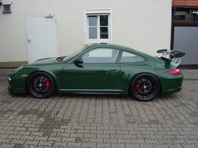 porsche-911-gt3-british-green-2