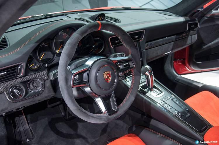 porsche-911-gt3-rs-equipamiento-06-1440px