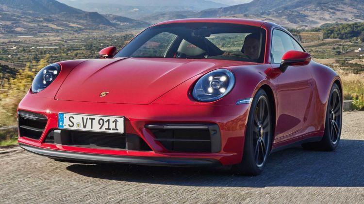 Porsche 911 Gts 013