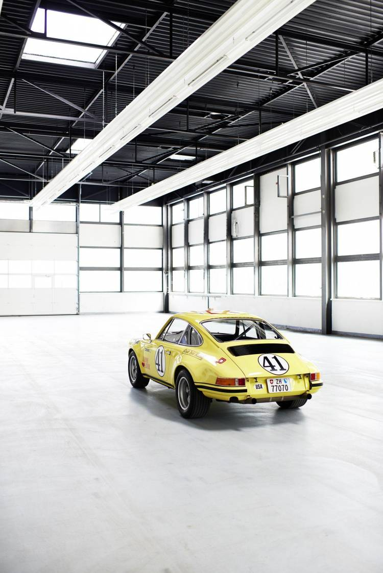 porsche-911-s-t-restaurado-7