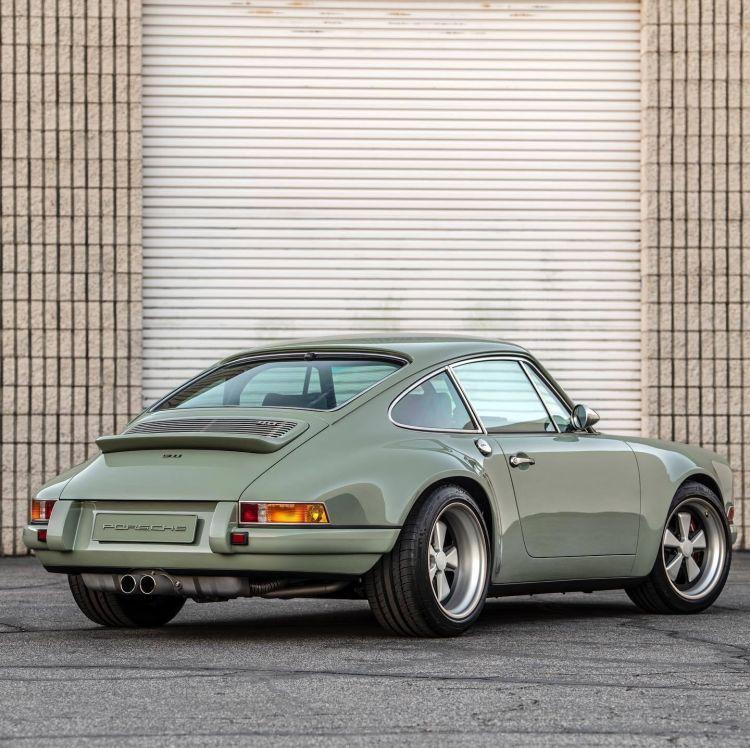 Porsche 911 Singer Verde 2020 10