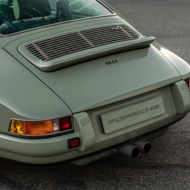 Porsche 911 Singer Verde 2020 11