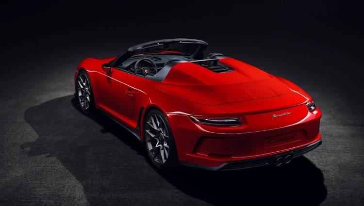 Porsche 911 Speedster Concept 2 1018 001