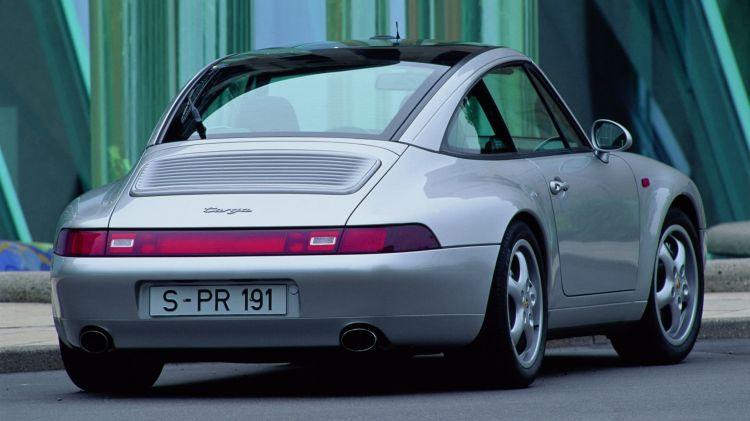 Porsche 911 Targa Historia 13