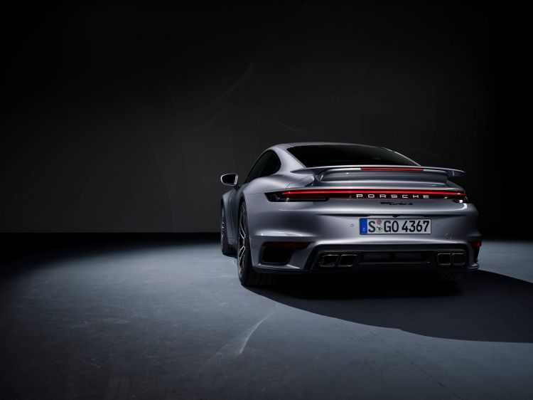 Porsche 911 Turbo S 2020 5