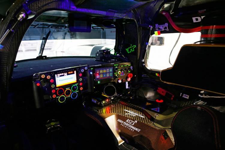 El volante del Porsche 919 Hybrid