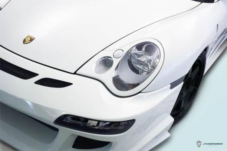Porsche 911 GT3 996 modificado por Nephaiss