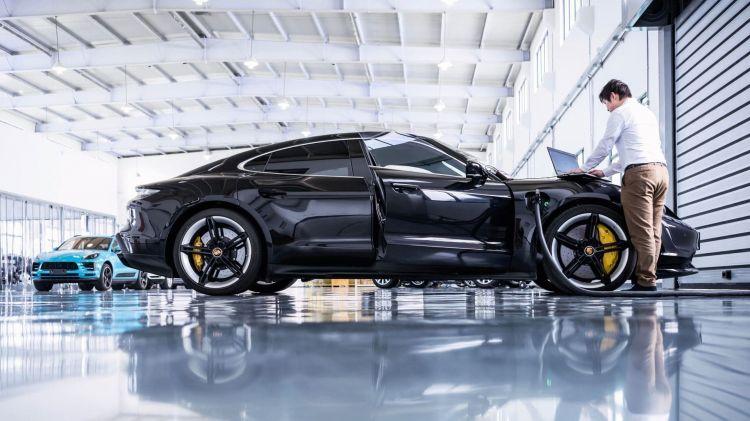 Porsche Asia Centro Desarrollo Fabrica Ingenieria Taycan 02